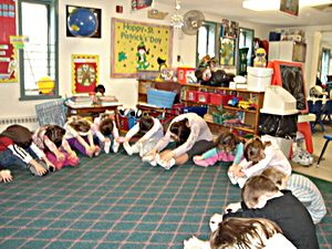 rsz_childrens_house-touch_toes